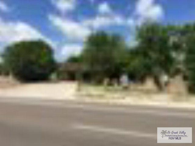 1420 W Alton Gloor Blvd., Brownsville, TX 78520 (MLS #29706859) :: The MBTeam
