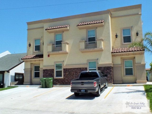 104 W Morningside Dr. #2, South Padre Island, TX 78597 (MLS #29707030) :: The Martinez Team