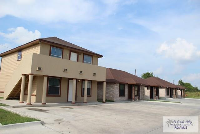 4 Impala Ct., Brownsville, TX 78521 (MLS #29708315) :: The Monica Benavides Team at Keller Williams Realty LRGV