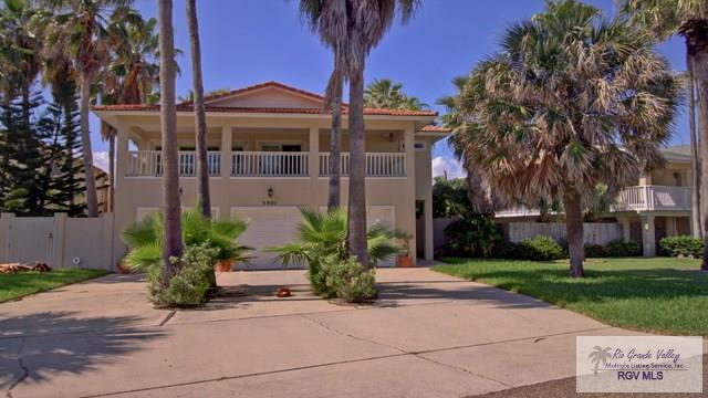 5901 Tropical Dr., South Padre Island, TX 78597 (MLS #29708705) :: The Martinez Team