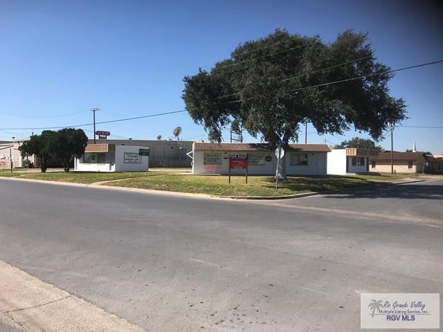 310 N Ohio Ave., Mercedes, TX 78570 (MLS #29708794) :: The Martinez Team
