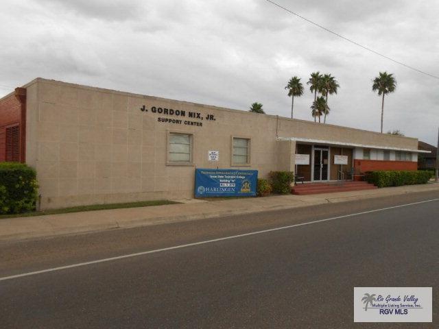 905 E Harrison Ave., Harlingen, TX 78550 (MLS #29708901) :: The Martinez Team