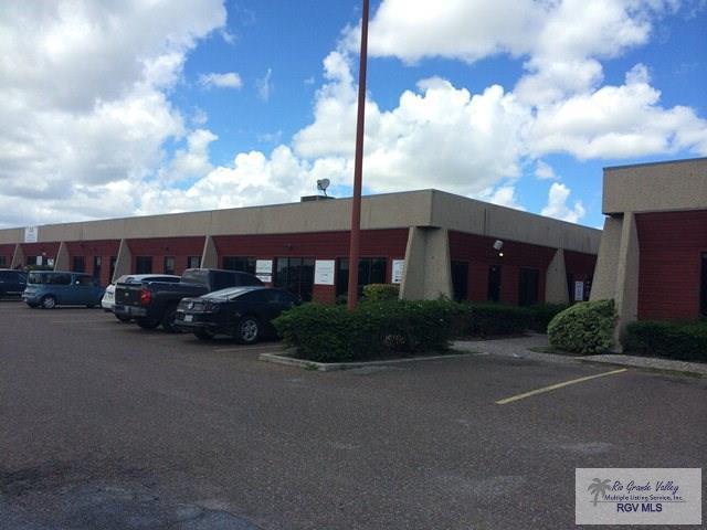 302 Kings Hwy. #111, Brownsville, TX 78521 (MLS #29709195) :: The Martinez Team