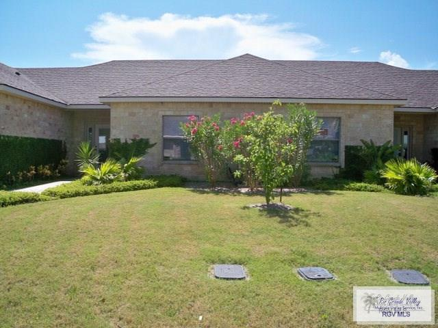 30 Torrey Pines Rd., Laguna Vista, TX 78575 (MLS #29709460) :: The Martinez Team