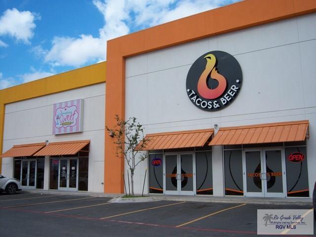 3341 Pablo Kisel Blvd., Brownsville, TX 78526 (MLS #29709634) :: The Martinez Team