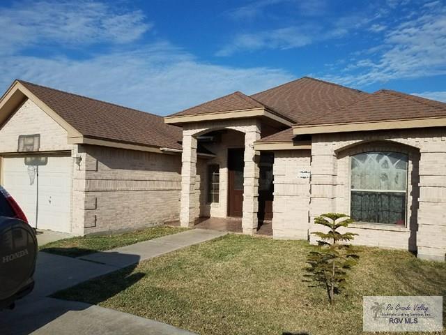 3068 Resaca Vista Dr., Brownsville, TX 78526 (MLS #29709642) :: The Martinez Team