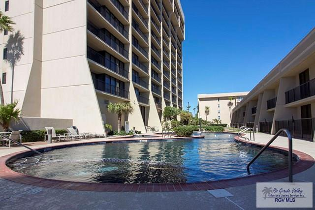 2100 Gulf Blvd. #206, South Padre Island, TX 78597 (MLS #29709801) :: The Martinez Team