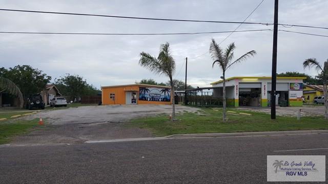 1235 Expressway 77/83, San Benito, TX 78586 (MLS #29709836) :: The Monica Benavides Team at Keller Williams Realty LRGV