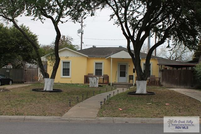 109 Acacia Dr., Brownsville, TX 78526 (MLS #29709884) :: The Martinez Team