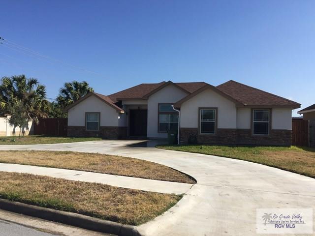 7001 Lago Vista Blvd., Brownsville, TX 78520 (MLS #29709927) :: The Martinez Team