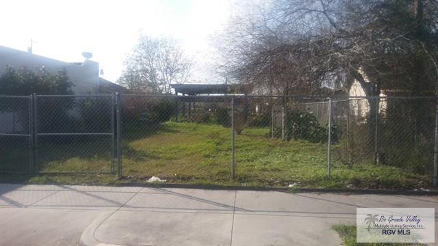 313 W Van Buren Ave., Harlingen, TX 78550 (MLS #29710459) :: The Martinez Team