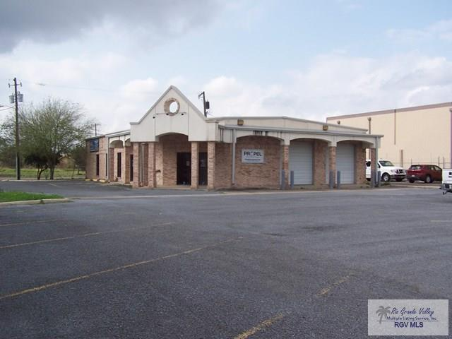 1126 S Commerce St., Harlingen, TX 78550 (MLS #29710577) :: Berkshire Hathaway HomeServices RGV Realty