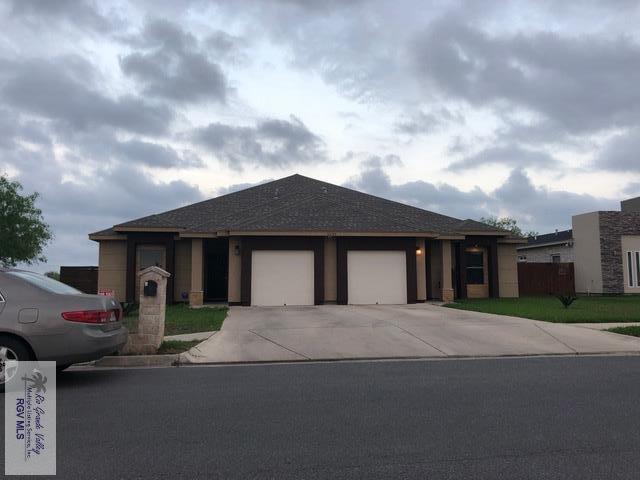6630 Garden Woods Ave., Brownsville, TX 78526 (MLS #29710822) :: The Martinez Team