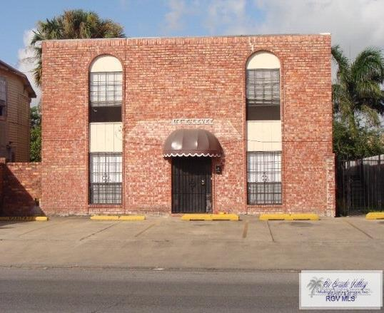 414 E Levee St., Brownsville, TX 78520 (MLS #29710849) :: Berkshire Hathaway HomeServices RGV Realty