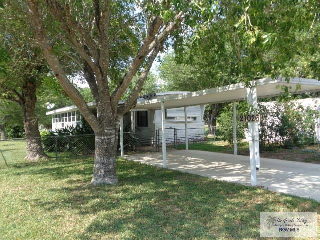 27026 Minnesota Dr, Harlingen, TX 78552 (MLS #29711337) :: The Martinez Team