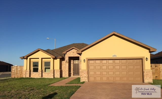 6784 Golden Cove Dr, Brownsville, TX 78526 (MLS #29711506) :: The Martinez Team