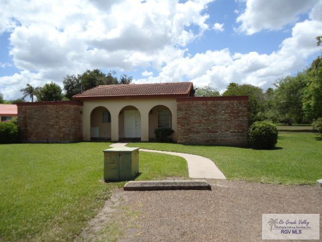 215 Balboa Ave. Sec 4 South Lot, Rancho Viejo, TX 78575 (MLS #29712200) :: Berkshire Hathaway HomeServices RGV Realty