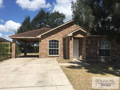 2780 Naples St., Brownsville, TX 78520 (MLS #29712359) :: Berkshire Hathaway HomeServices RGV Realty