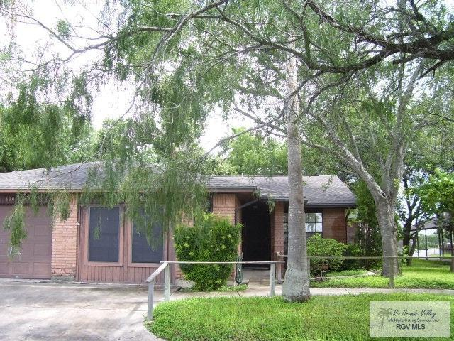 1000 Camelot, Harlingen, TX 78550 (MLS #29712502) :: The Martinez Team