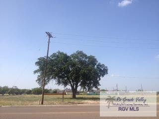 301 E Ferguson Ave., Pharr, TX 78577 (MLS #29712680) :: Berkshire Hathaway HomeServices RGV Realty