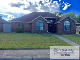5233 Clearview Dr., Brownsville, TX 78520 (MLS #29713907) :: The Martinez Team