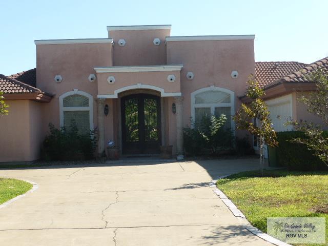 1110 Santa Ana Ave., Rancho Viejo, TX 78575 (MLS #29714603) :: The Martinez Team