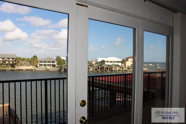 211 S Harbor Dr, Port Mansfield, TX 78598 (MLS #29715714) :: The Monica Benavides Team at Keller Williams Realty LRGV