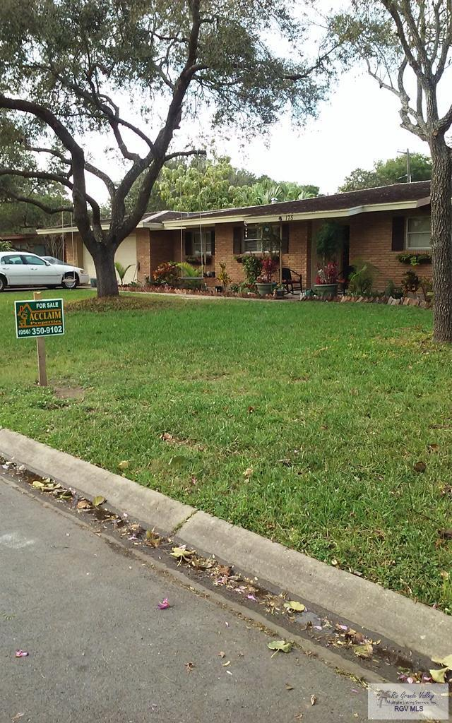 175 Robins Ln., Brownsville, TX 78520 (MLS #29716294) :: The Monica Benavides Team at Keller Williams Realty LRGV