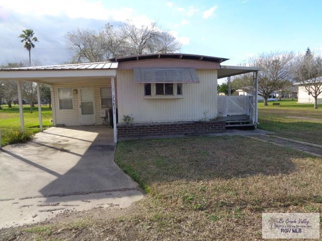25831 Maple Ave., Harlingen, TX 78552 (MLS #29716432) :: The Monica Benavides Team at Keller Williams Realty LRGV
