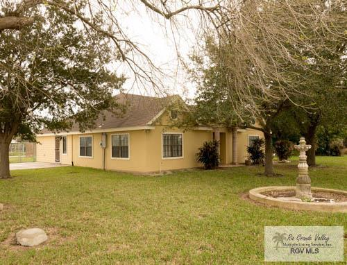 16376 S Hwy 281, Los Indios, TX 78586 (MLS #29716598) :: The Monica Benavides Team at Keller Williams Realty LRGV