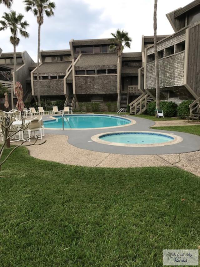 2500 Gulf Blvd. 107B, South Padre Island, TX 78597 (MLS #29717105) :: The Monica Benavides Team at Keller Williams Realty LRGV