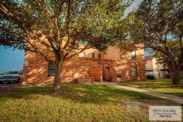 2302 Treasure Hills Blvd., Harlingen, TX 78550 (MLS #29717387) :: The Monica Benavides Team at Keller Williams Realty LRGV