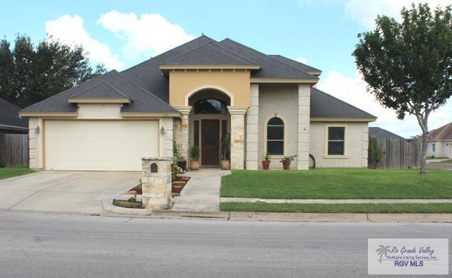 2721 N Rose St., Harlingen, TX 78550 (MLS #29717757) :: The Monica Benavides Team at Keller Williams Realty LRGV