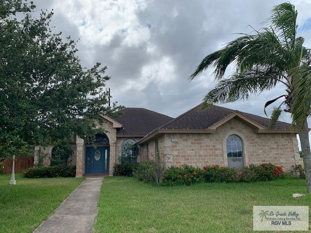 1302 White Oak Dr., Harlingen, TX 78550 (MLS #29717835) :: The Monica Benavides Team at Keller Williams Realty LRGV