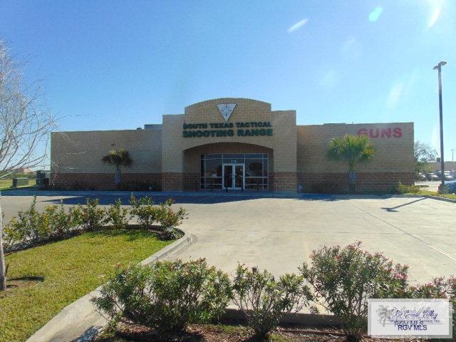 2100 Village Center Dr, Brownsville, TX 78520 (MLS #29717958) :: The Monica Benavides Team at Keller Williams Realty LRGV