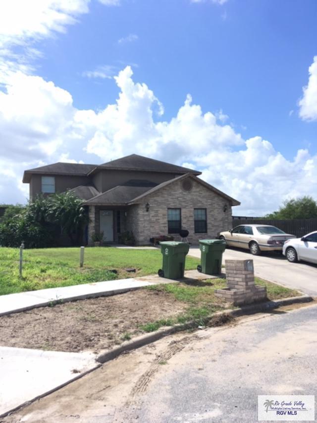 2092 San Felipe Dr., Brownsville, TX 78520 (MLS #29718471) :: The Monica Benavides Team at Keller Williams Realty LRGV