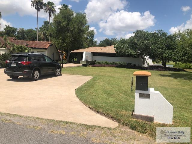 99 Pizarro Ave., Rancho Viejo, TX 78577 (MLS #29718609) :: The Monica Benavides Team at Keller Williams Realty LRGV