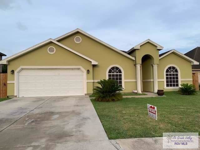 6732 Pino Verde Dr. Villa Los Pinos, Brownsville, TX 78521 (MLS #29719562) :: The Monica Benavides Team at Keller Williams Realty LRGV