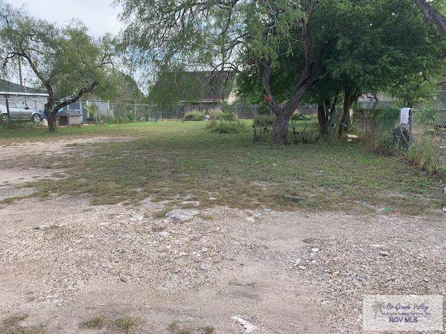 1128 Crockett Ave., Brownsville, TX 78521 (MLS #29720803) :: The Monica Benavides Team at Keller Williams Realty LRGV