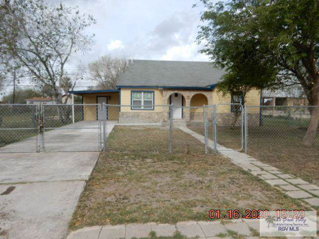 602 W 5TH ST., Los Fresnos, TX 78566 (MLS #29721359) :: The Monica Benavides Team at Keller Williams Realty LRGV