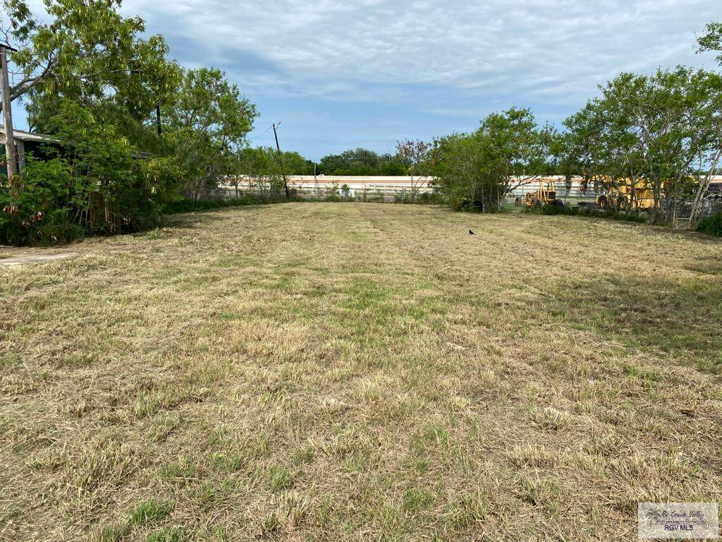 7504 Los Fresnos Ave. - Photo 1