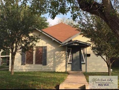 909 E Filmore Ave, Harlingen, TX 78550 (MLS #29725455) :: The MBTeam