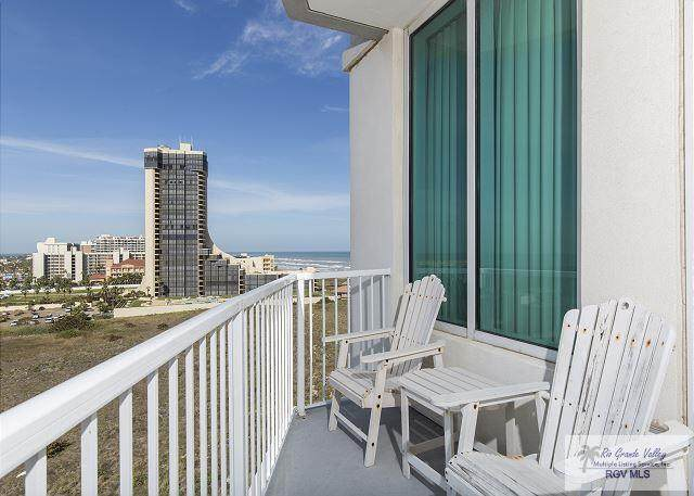 310A Padre Blvd. Apt 801, South Padre Island, TX 78597 (MLS #29727430) :: The MBTeam