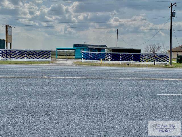 36136 Hwy 100 Great Location, Los Fresnos, TX 78551 (MLS #29727582) :: The MBTeam