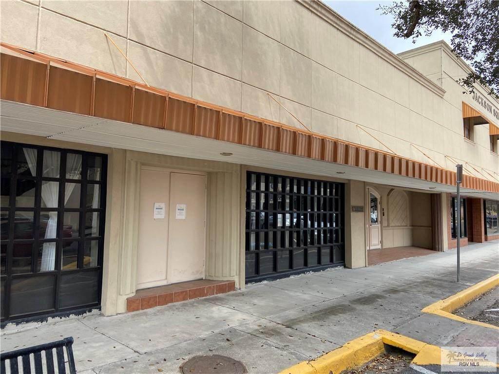 301 Jackson Ave. - Photo 1