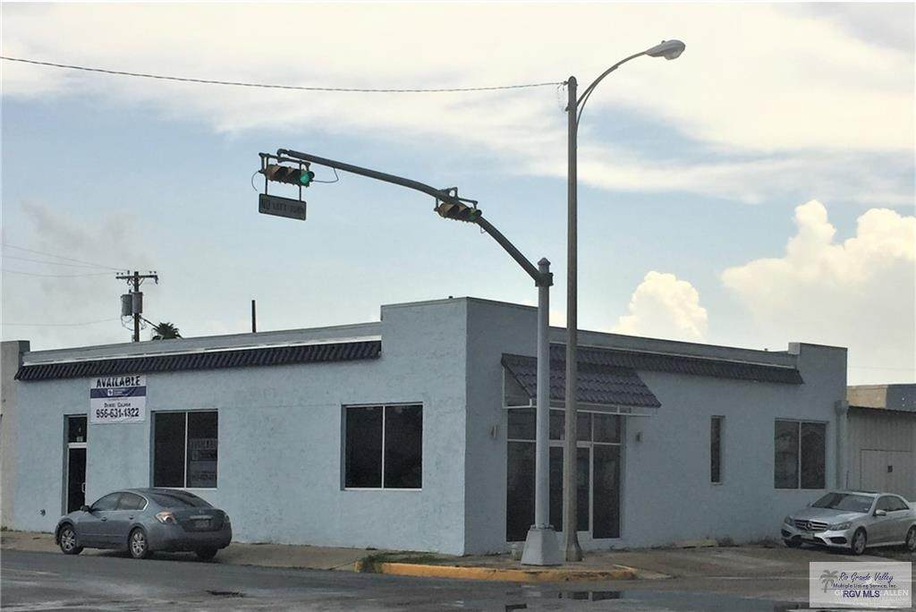 701 Jackson Ave. - Photo 1
