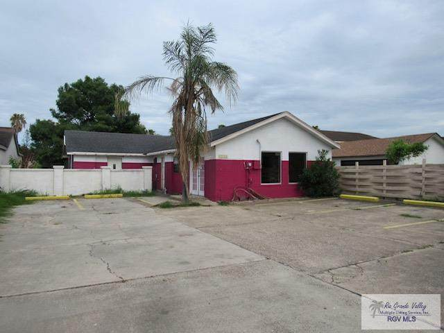 1344 Paredes Line Rd., Brownsville, TX 78520 (MLS #29728876) :: The MBTeam