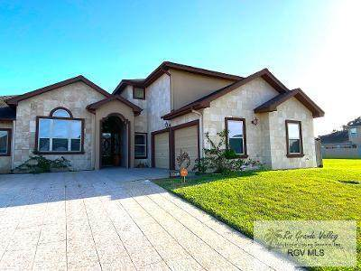3218 Noble Dr., Brownsville, TX 78526 (MLS #29730129) :: The MBTeam