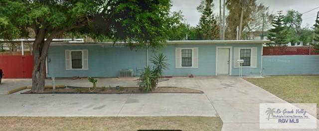 804 W 17TH ST., Brownsville, TX 78520 (MLS #29710039) :: The Martinez Team