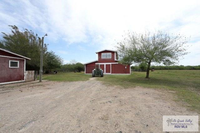 32608 Cactus Rd., Los Fresnos, TX 78586 (MLS #29710541) :: The Martinez Team